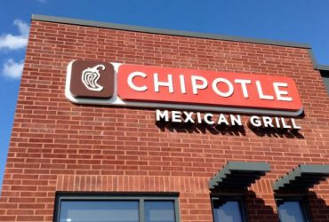 How to Check If Your Credit Card Info Was Stolen in the Recent Chipotle Hack