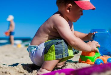 7 Beach Hacks for Parents Who Hate to Struggle